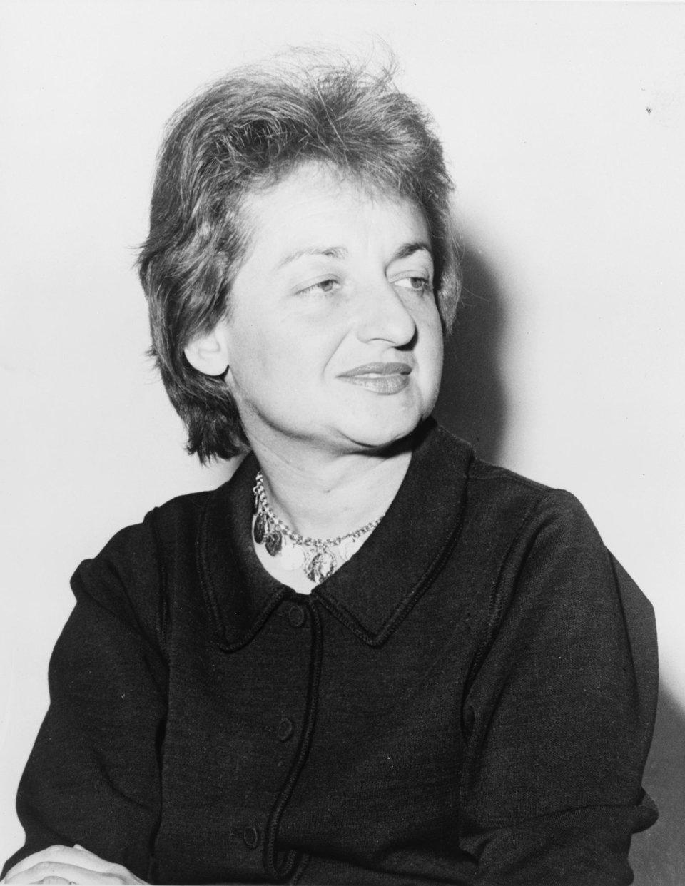 Betty Friedan (1921–2006) Źródło: Fred Palumbo, Betty Friedan (1921–2006), Fotografia, Biblioteka Kongresu Stanów Zjednoczonych, domena publiczna.