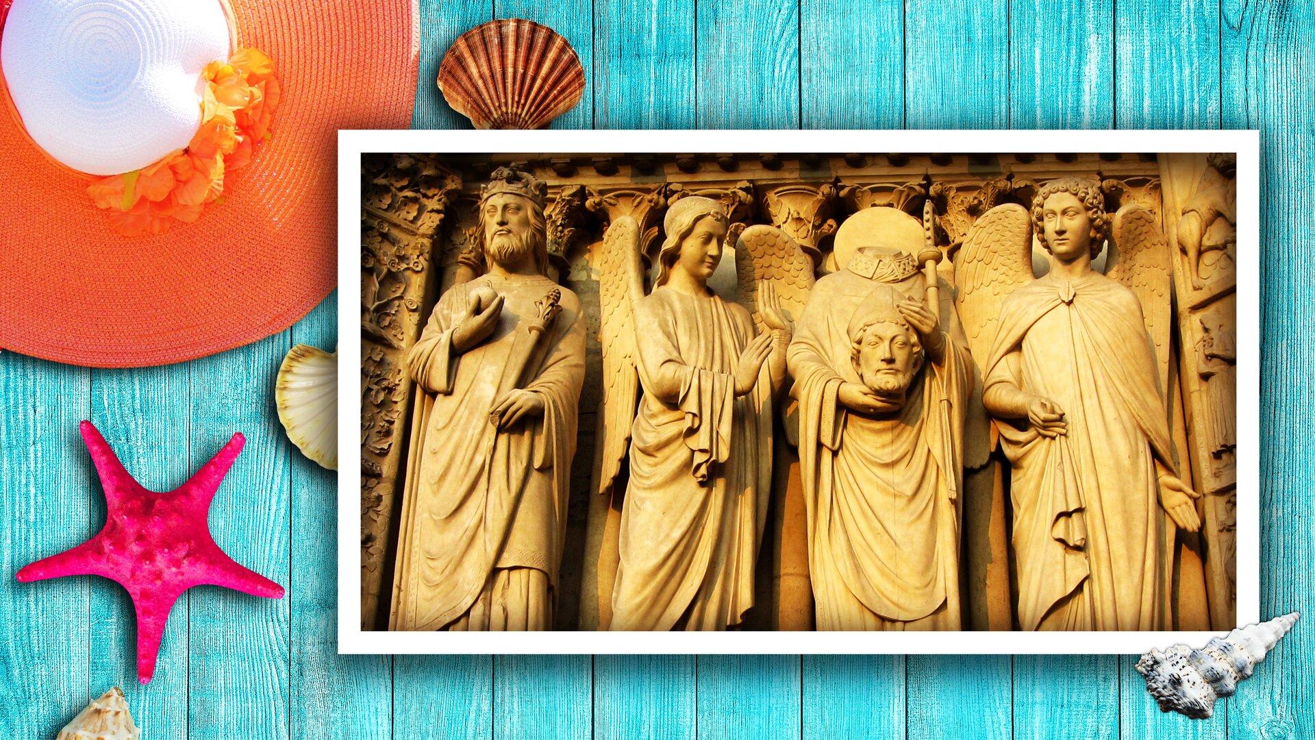 Na turkusowej podłodze są rozsypane muszelki, awrogu znajduje się pomarańczowy kapelusz. Nachodzi na niego zdjęcie rzeźby, która przedstawia cztery postaci. Po lewej stronie stoi władca, aobok niego dwóch aniołów pomiędzy którymi znajduje się mężczyzna. Ma obciętą głowę, którą trzyma wrękach.