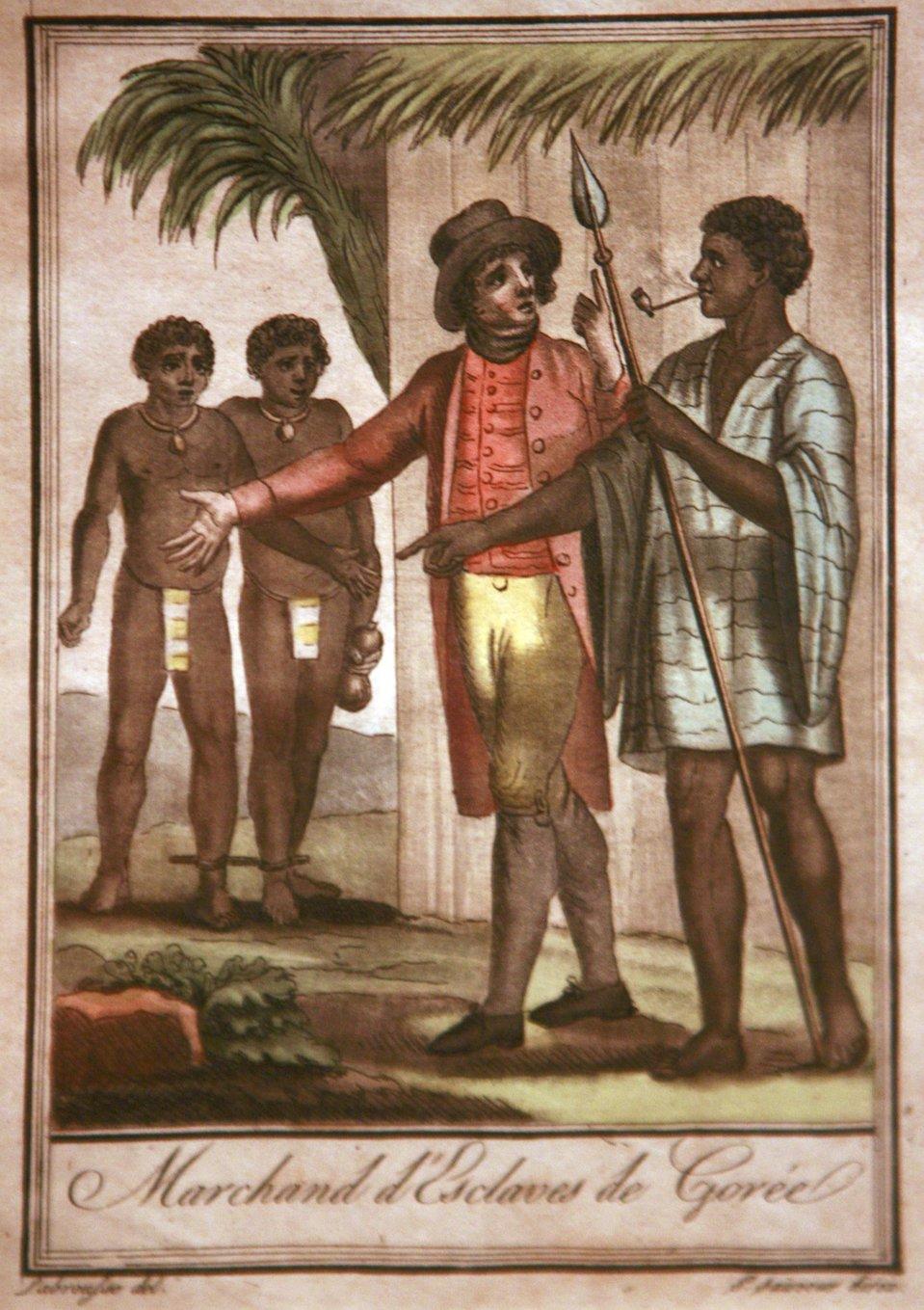 Biały mężczyzna wkapeluszu, wczerwonej marynarce ikamizelce oraz żółtych spodniach, wskórzanych butach rozmawia zczarnym mężczyzną ubranym wjasną koszulę wpaski, trzymającym wręku włócznię, awustach fajkę. Za nimi, pod drzewem stają dwaj Murzyni jedynie wprzepaskach biodrowych. Pod tym jest napis po francusku - Handlarz niewolników wGorés..