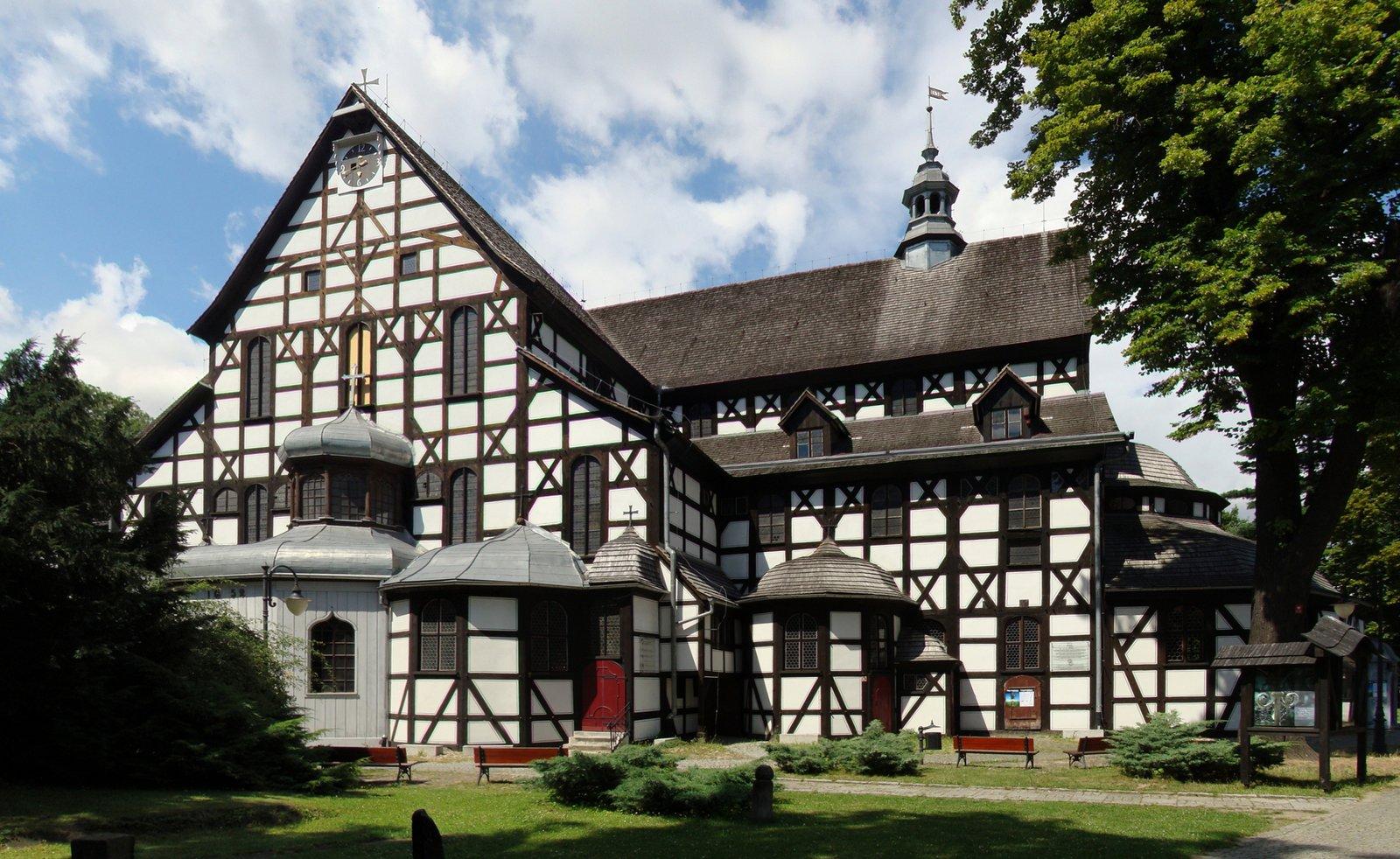 Kościół Pokoju pw. Trójcy Świętej wŚwidnicy– zabytkowy budynek sakralny wybudowany na mocy porozumieńtraktatu westfalskiego, zawartego w1648ikończącegowojnę trzydziestoletnią. Od 2001 roku wpisany jest na listę światowego dziedzictwaUNESCO.