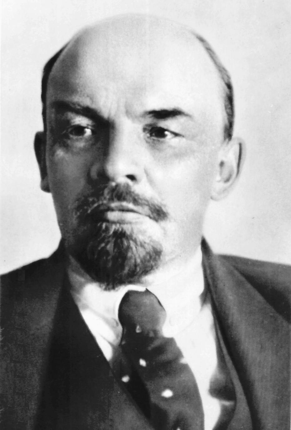 Lider Rosyjskiej Partii Komunistycznej (bolszewików) Źródło: Lider Rosyjskiej Partii Komunistycznej (bolszewików), 1918, domena publiczna.
