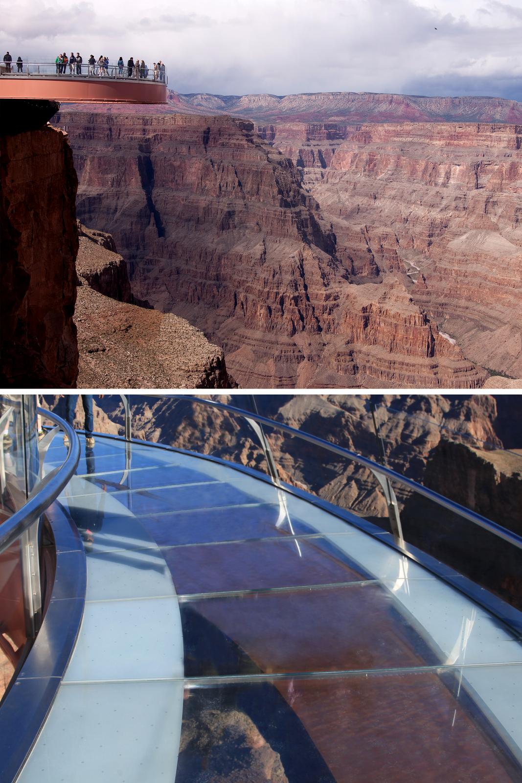Ilustracja składa się zpary zdjęć przedstawiających szklaną platformę nad kanionem Kolorado. Na pierwszym zdjęciu wykonanym zodległości kilkudziesięciu metrów platforma widokowa pokazana jest zboku jako taras wystający kilkanaście metrów za linię skał przy lewej krawędzi kadru. Na tarasie znajduje się wkadrze około dwudziestu osób. Dolne zdjęcie prezentuje taras zbliska. Okazuje się, że ma on formę ścieżki wkształcie łuku, adokładnie litery Uiszerokość około trzech metrów, ajego podłoże wykonane jest ze szklanych płyt umożliwiających spojrzenie pod nogi wprost wprzepaść. Fragment tarasu, który uwieczniono na tym zdjęciu jest pusty, aprzez szklaną taflę widać skały rozciągające się setki metrów poniżej.