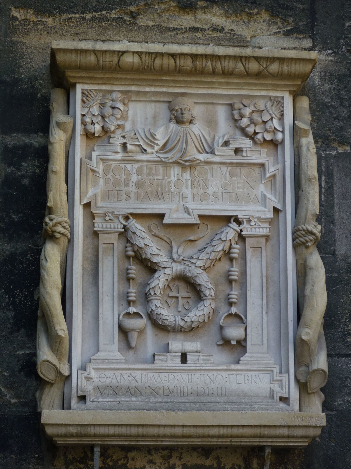 Konrad Celtis (epitafium wkatedrze św. Stefana wWiedniu) Źródło: Uoaei1, Konrad Celtis (epitafium wkatedrze św. Stefana wWiedniu), 2013, fotografia, licencja: CC BY-SA 3.0.