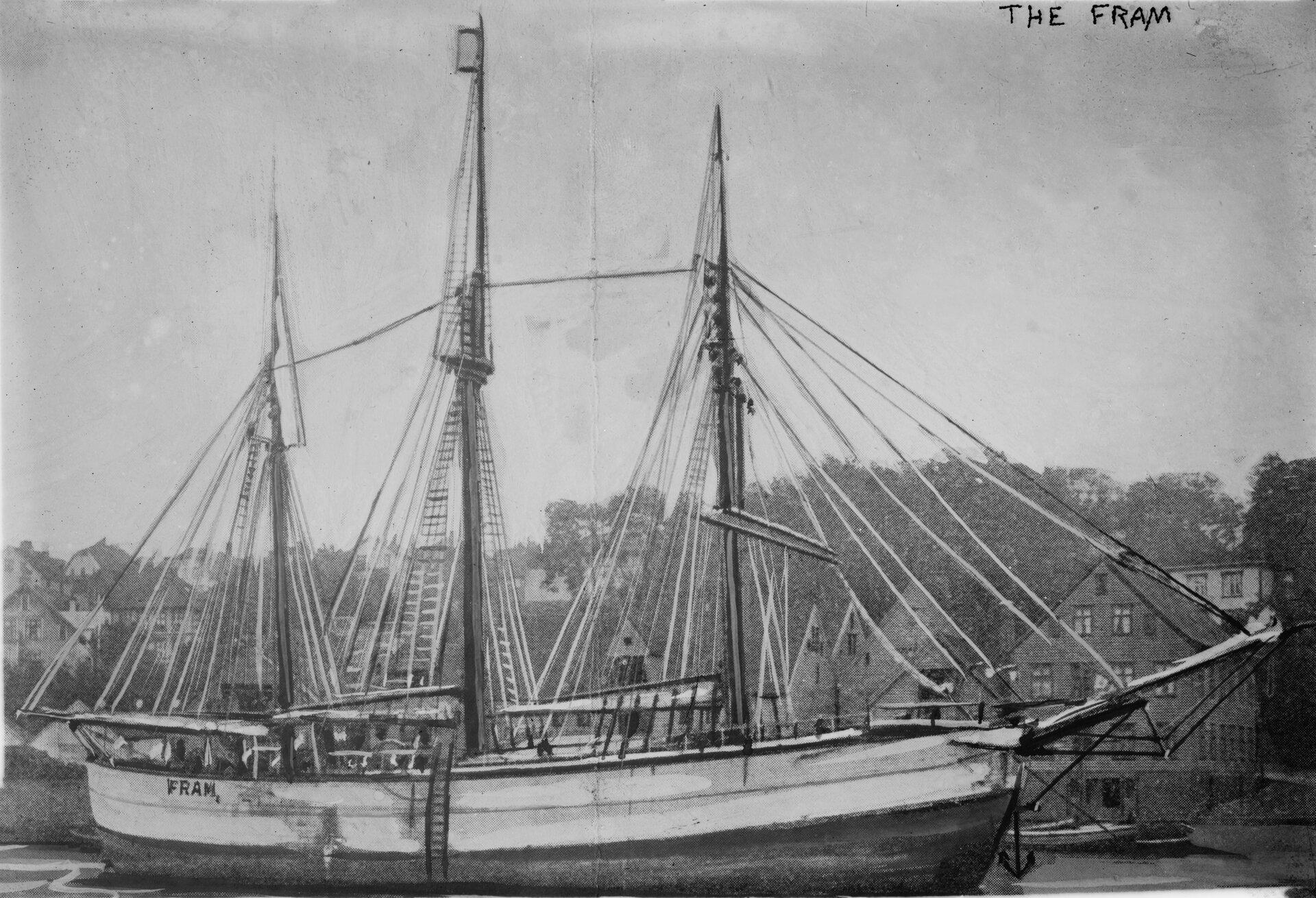 Na zdjęciu statek, żaglowiec zopuszczonymi żaglami.