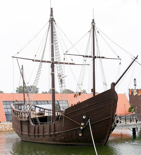 ReplikistatkówKolumba–Pinta ReplikistatkówKolumba–Pinta Źródło: Miguel Ángel, 2007, Wikimedia Commons, licencja: CC BY-SA 2.5.