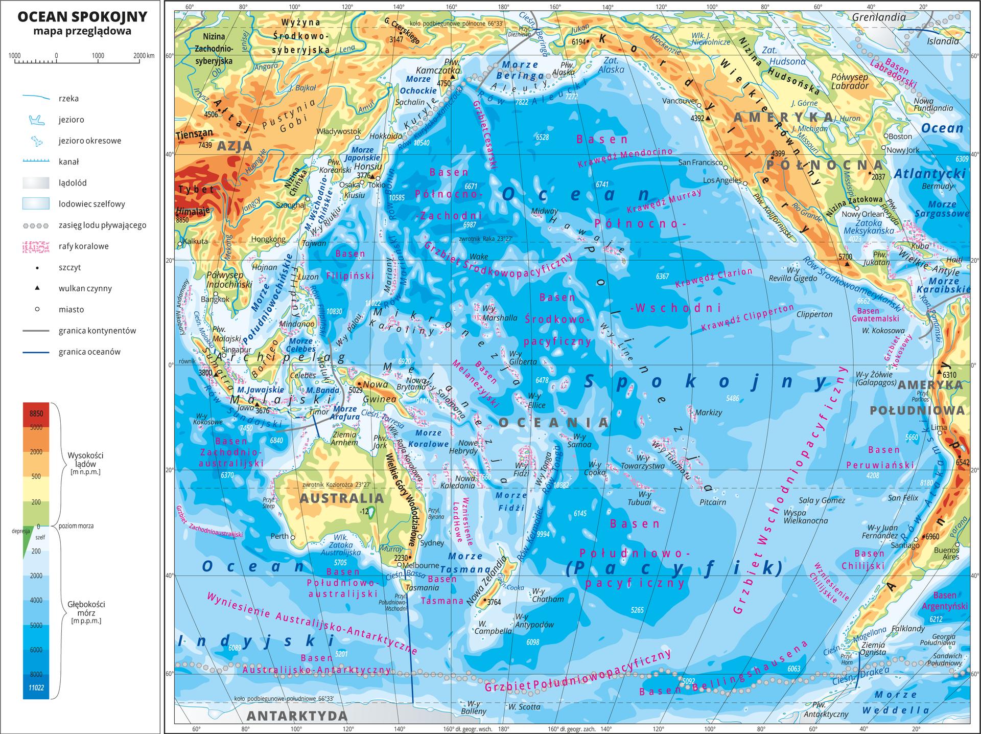 Ilustracja przedstawia mapę Oceanu Spokojnego. Wobrębie lądów występują obszary wkolorze zielonym, żółtym, pomarańczowym iczerwonym. Morza zaznaczono sześcioma odcieniami koloru niebieskiego iopisano głębokości. Ciemniejszy kolor oznacza większą głębokość. Wobrębie wód przeprowadzono granice między oceanami. Na mapie opisano nazwy kontynentów, wysp, głównych pasm górskich, morza izatoki. Oznaczono iopisano największe miasta. Mapa pokryta jest równoleżnikami ipołudnikami. Dookoła mapy wbiałej ramce opisano współrzędne geograficzne co dwadzieścia stopni. Wlegendzie umieszczono iopisano znaki użyte na mapie.