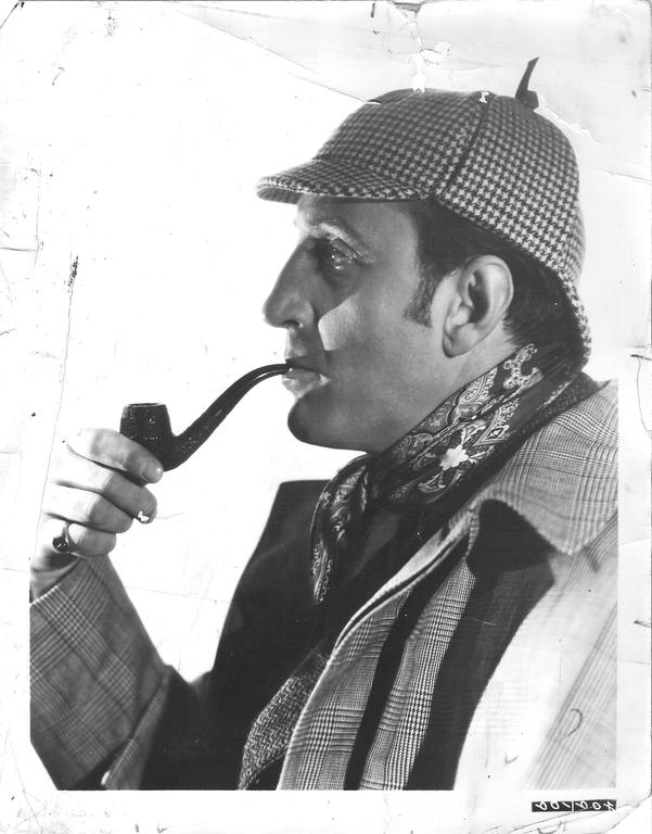 Basil Rathbone jako Sherlock Holmes Basil Rathbone jako Sherlock Holmes Źródło: Universal Studios, domena publiczna.