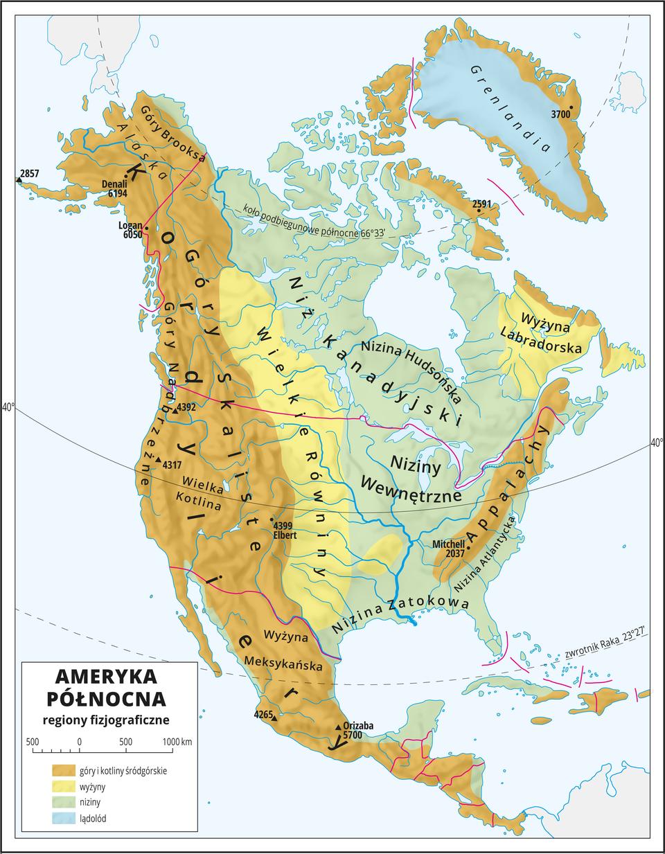 Ilustracja przedstawia mapę Ameryki Północnej. Kolorami wyróżniono regiony fizjograficzne. Na zachodnim wybrzeżu góry ikotliny śródgórskie oprzebiegu południkowym. Bezpośrednio do nich przylegają wyżyny, dalej wkierunku wschodnim rozległe niziny. Nad Oceanem Atlantyckim pasma górskie opołudnikowym przebiegu. Powyżej wyżyna. Morza zaznaczono kolorem niebieskim. Na mapie opisano nazwy krain geograficznych. Oznaczono czarnymi kropkami iopisano szczyty górskie. Trójkątami oznaczono wulkany ipodano ich wysokości. Mapa pokryta jest równoleżnikami. Dookoła mapy wbiałej ramce opisano współrzędne geograficzne. Wlegendzie opisano kolory użyte na mapie.