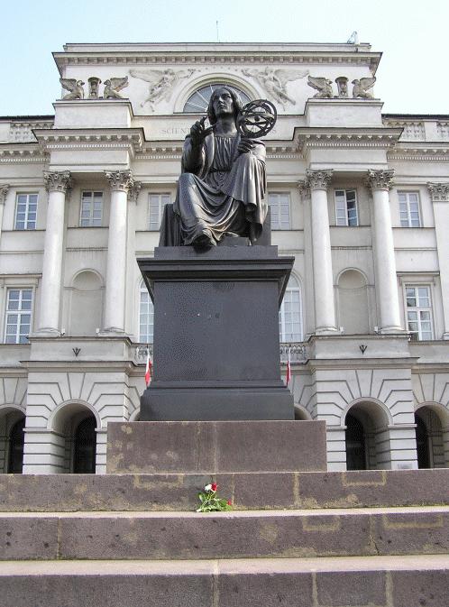 zdjęcie przedstawia pomnik Mikołaja Kopernika wWarszawie