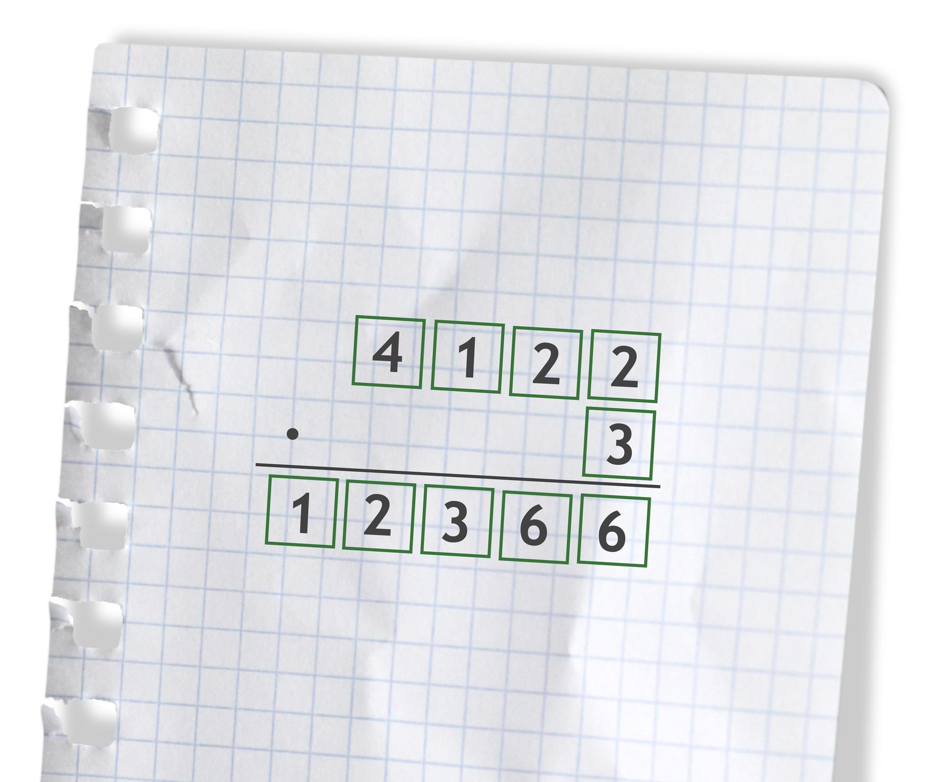 Przykład: 4112 razy 3 =12366. Rozwiązanie zadania podpunkt c.