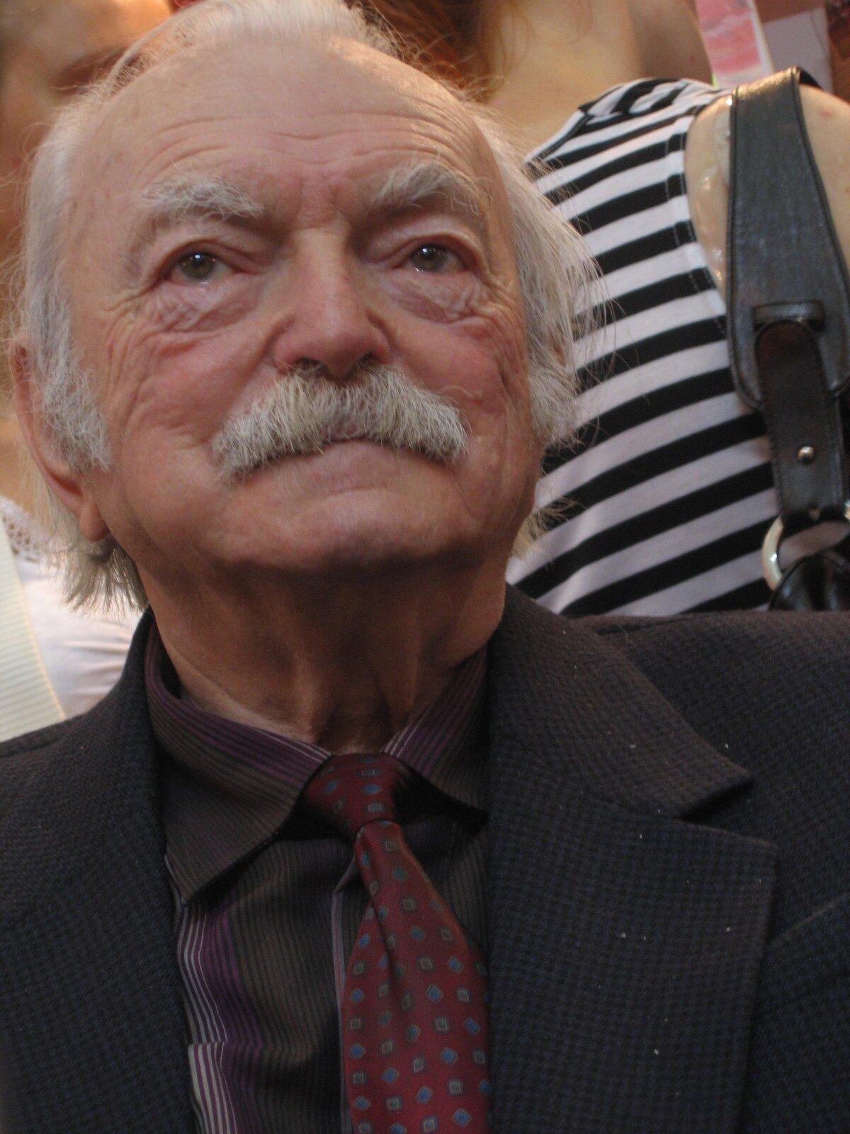 Edmund Niziurski - foto do biogramu Źródło: Mariusz Kubik, licencja: CC BY 2.5.