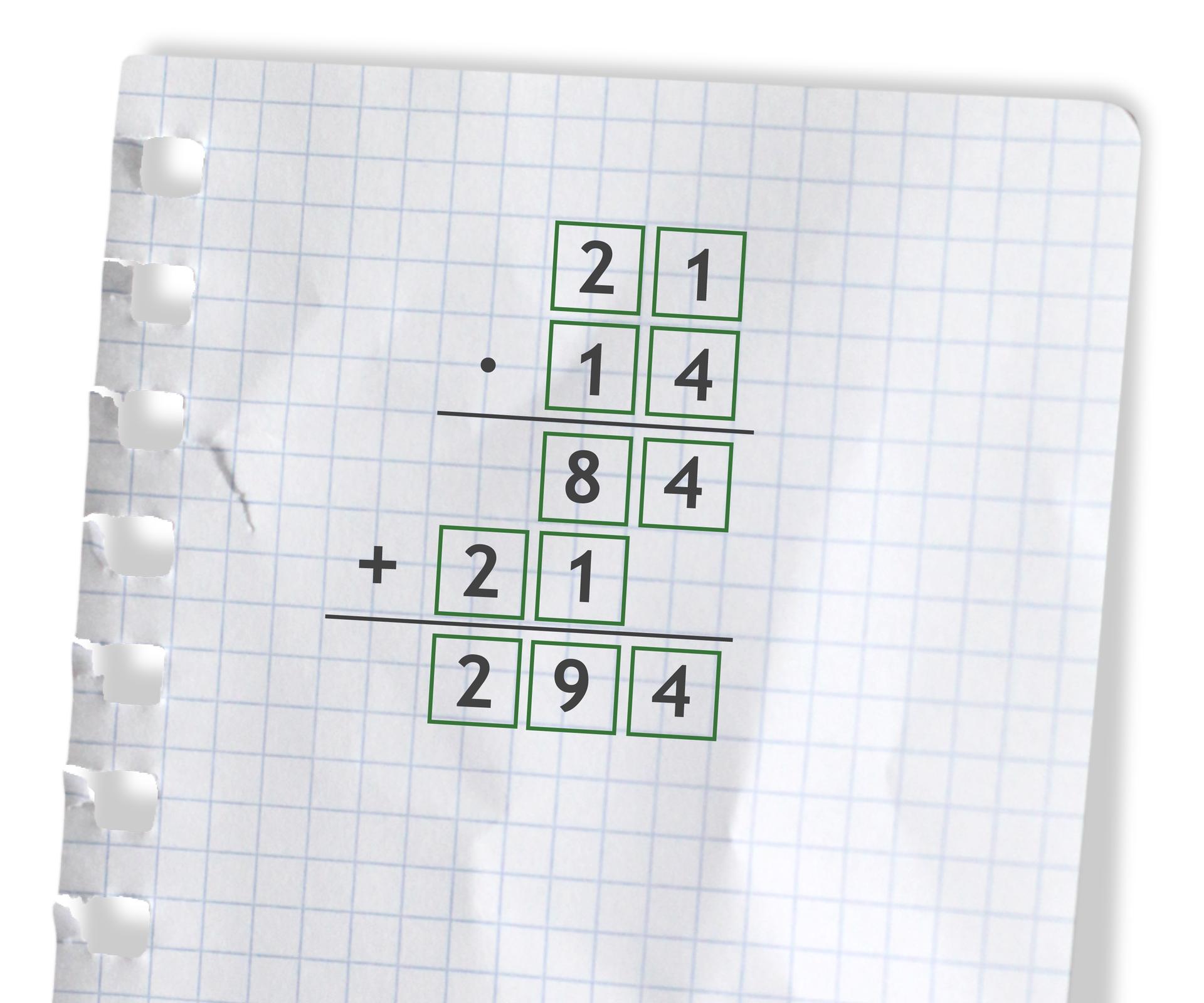 Przykład: 21 razy 14 =294. Rozwiązanie zadania podpunkt a.