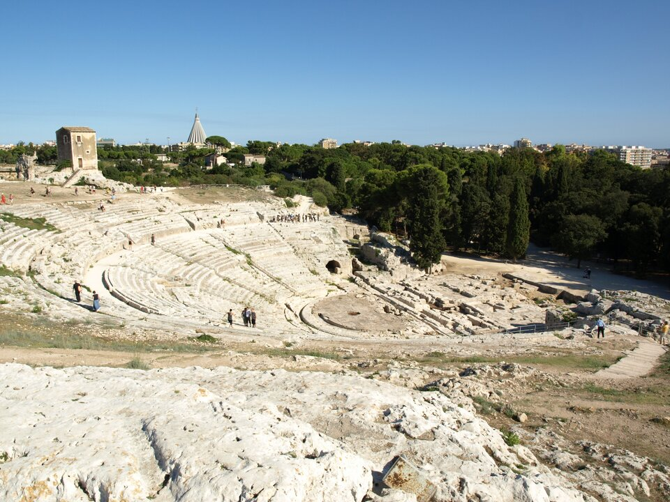 Na zdjęciu ruiny antycznego teatru greckiego.