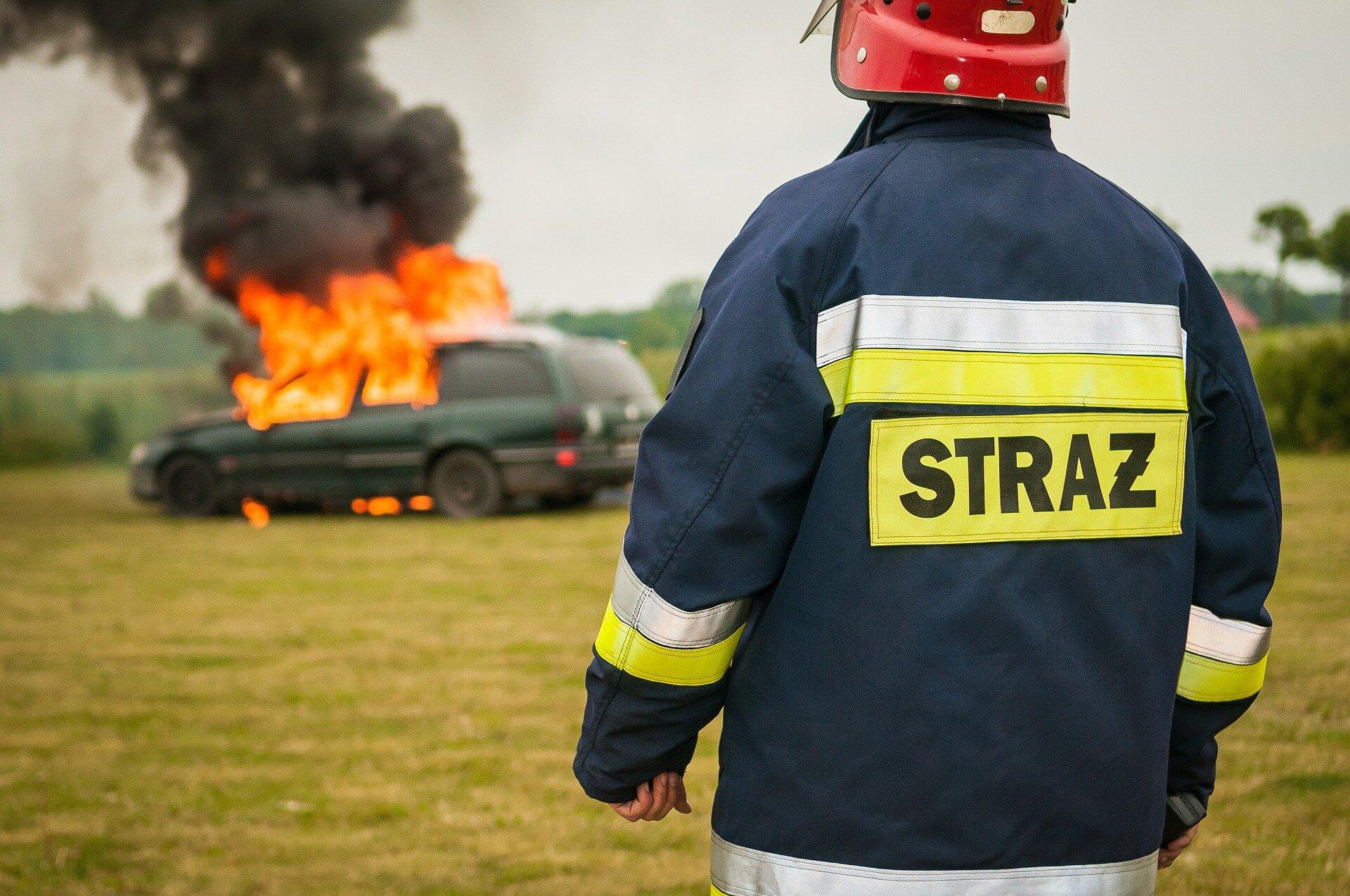 panstwowa straż pożarna Źródło: pixabay, licencja: CC 0.