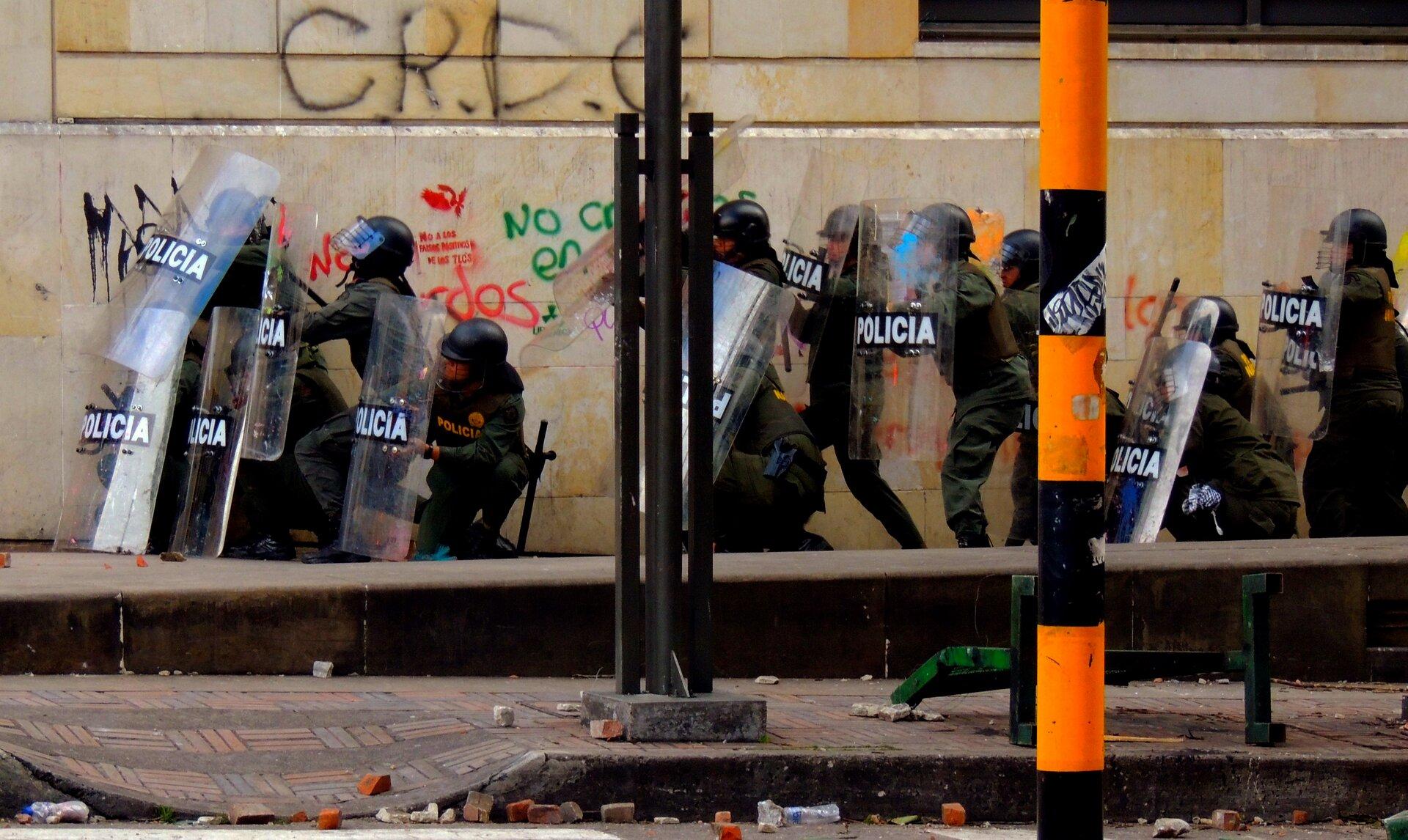 Zamieszki Zamieszki Źródło: domena publiczna, [online], dostępny winternecie: wikimedia.
