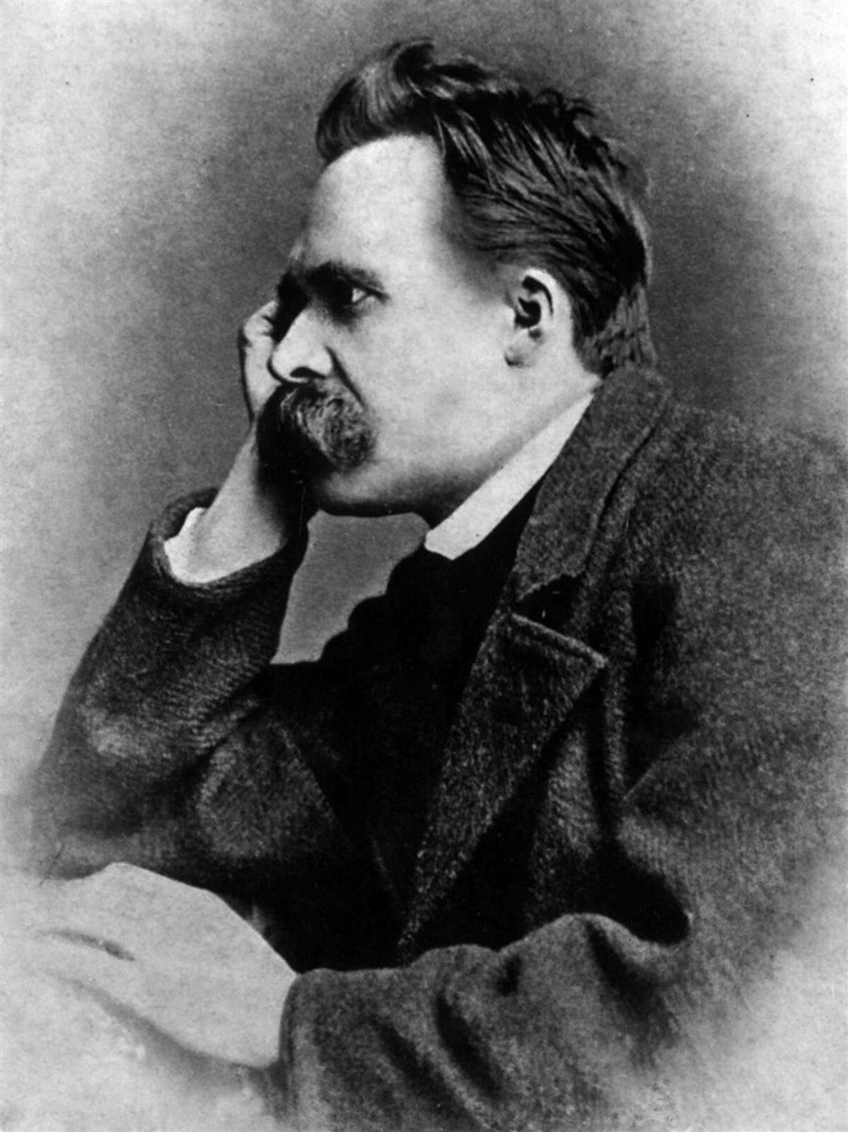Portret Friedricha Nietzschego Portret Friedricha Nietzschego Źródło: Gustav-Adolf Schultze, 1882, domena publiczna.
