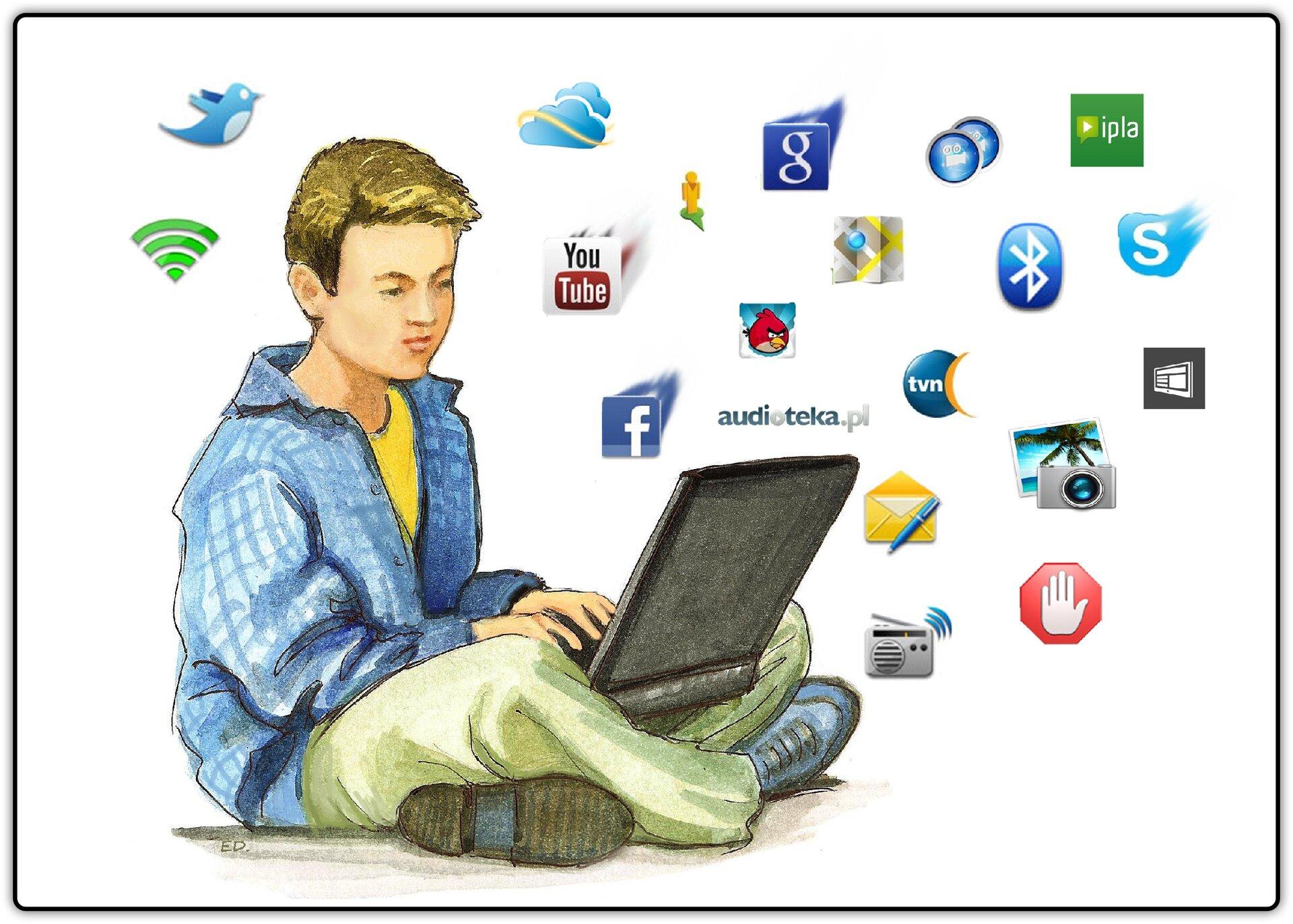 Ilustracja przedstawiająca siedzącego chłopca, który trzyma na kolanach laptop, awokół niego znajdują się różne ikony