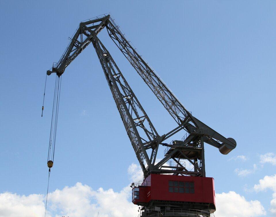 Bloczek pozwala na wciągnięcie ciężkiego przedmiotu na dużą wysokość. Wniektórych urządzeniach, jak żurawie używane na budowie, używa się skomplikowanego systemu bloczków, by przenosić cięższe ładunki