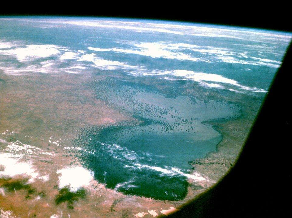 Na zdjęciu satelitarnym jezioro.