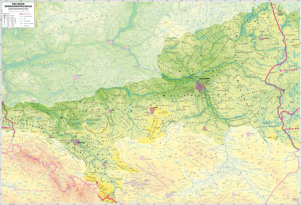 Ilustracja przedstawia fragment mapy hipsometrycznej Polski obejmujący pas Nizin Środkowopolskich. Wobrębie mapy treść niedotyczącą pasa Nizin Środkowopolskich została zamglona. Na mapie dominuje kolor zielony oznaczający niziny iżółty – oznaczający wyżyny. Oznaczono iopisano miasta, rzeki, jeziora iszczyty. Opisano pojezierza, niziny, wyżyny, góry imniejsze krainy geograficzne oraz państwa sąsiadujące zPolską. Czerwoną wstążko zaznaczono granice państw. Dookoła mapy wbiałej ramce opisano współrzędne geograficzne co trzydzieści minut. Wlegendzie opisano znaki użyte na mapie.