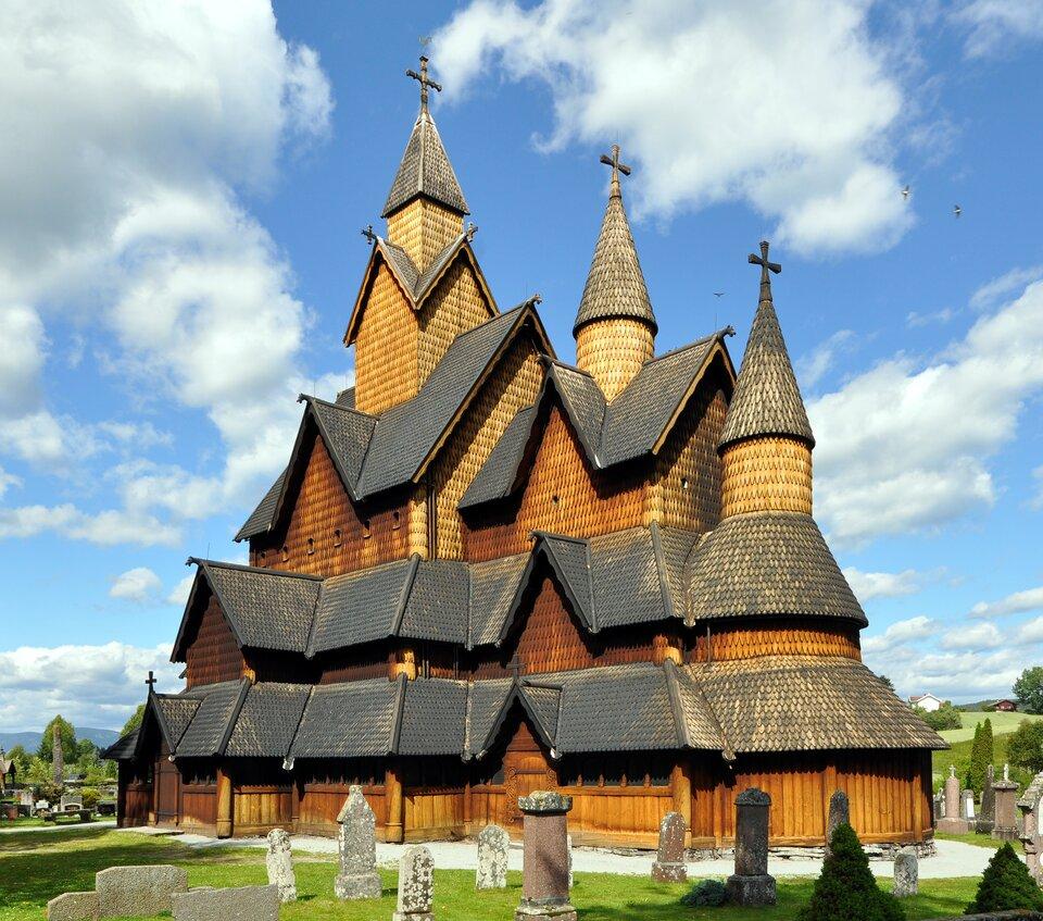 Największy norweski kościół drewniany wmiejscowości Heddal na południu kraju