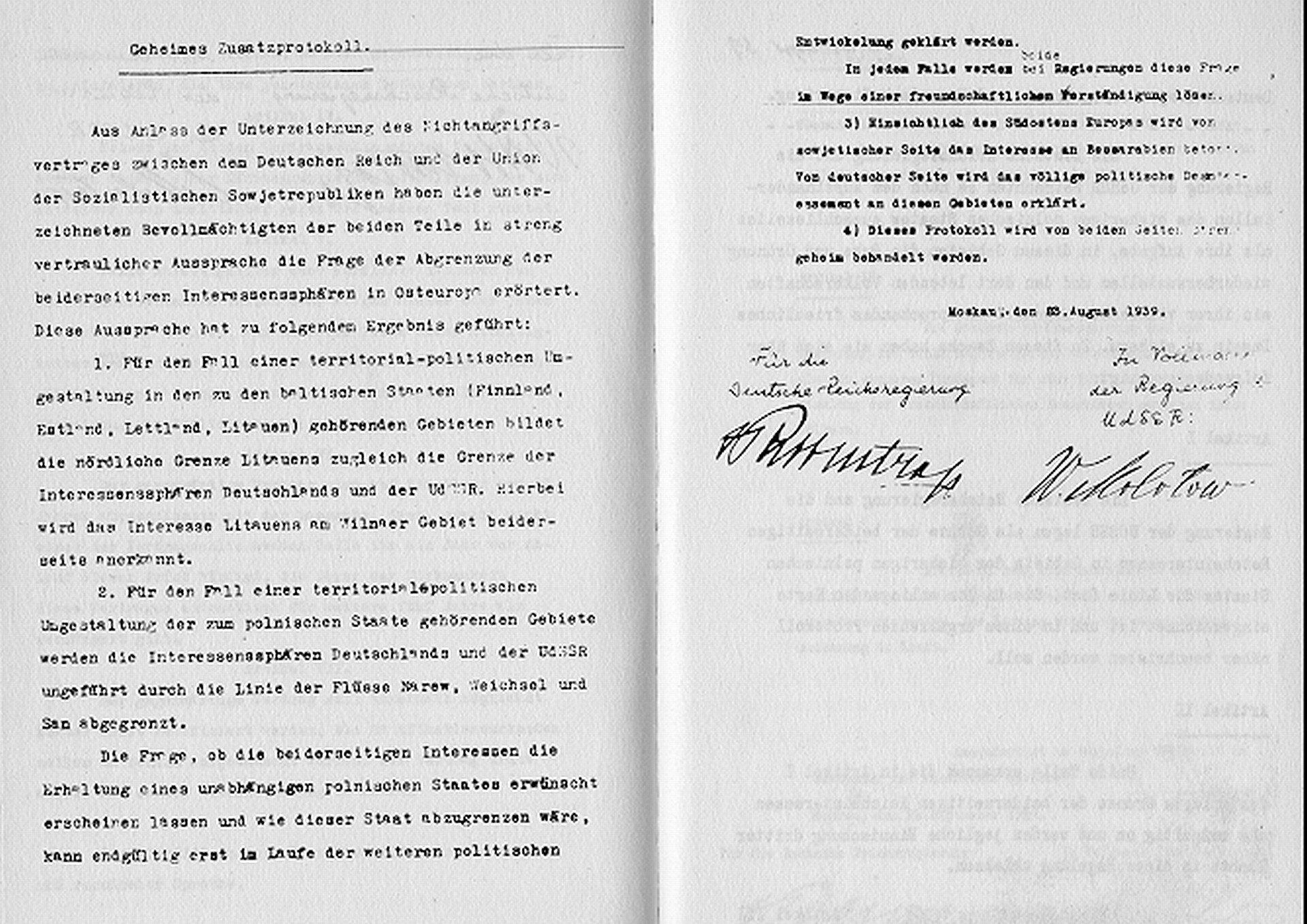 Traktat zpodpisami sygnatariuszy Źródło: Traktat zpodpisami sygnatariuszy, Fotografia, domena publiczna.
