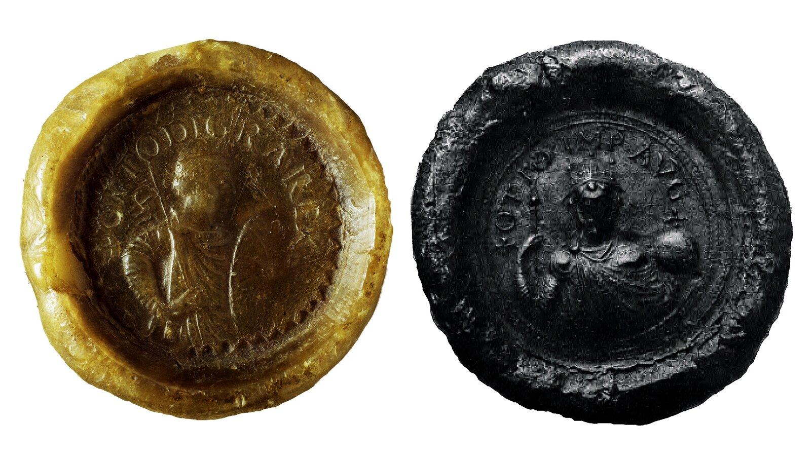 Dwie pieczęcie Ottona I– królewska (z lewej) icesarska Dwie pieczęcie Ottona I– królewska (z lewej) icesarska Źródło: Dwie pieczęcie Ottona I– królewska (z lewej) icesarska.