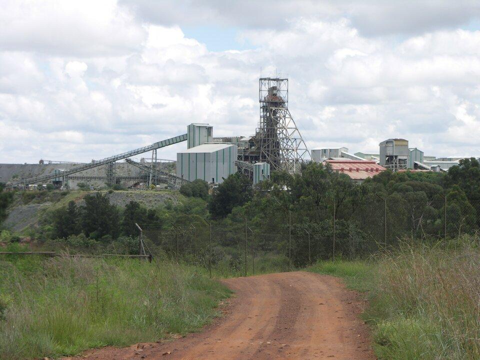 Na zdjęciu zabudowa przemysłowa.
