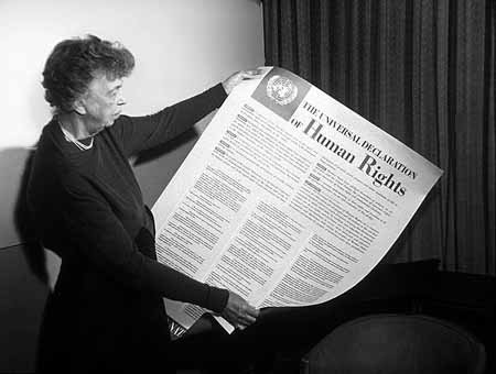 Eleanor Roosevelt zPowszechną deklaracją praw człowieka