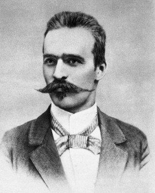 Józef Piłsudski Piłsudski wpoczątkach swojejdziałalności politycznej, po powrocie zzesłania na Syberii. Źródło: Józef Piłsudski, 1899, domena publiczna.