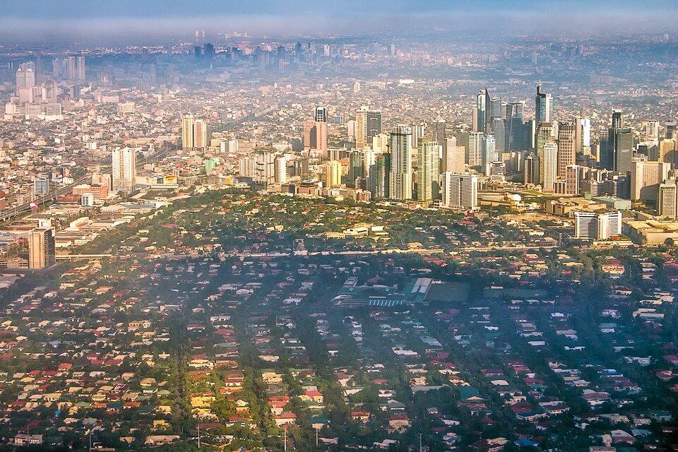 Manila, stolica Filipin – największe miasto wAzji Południowo-Wschodniej liczące 13 mln mieszkańców