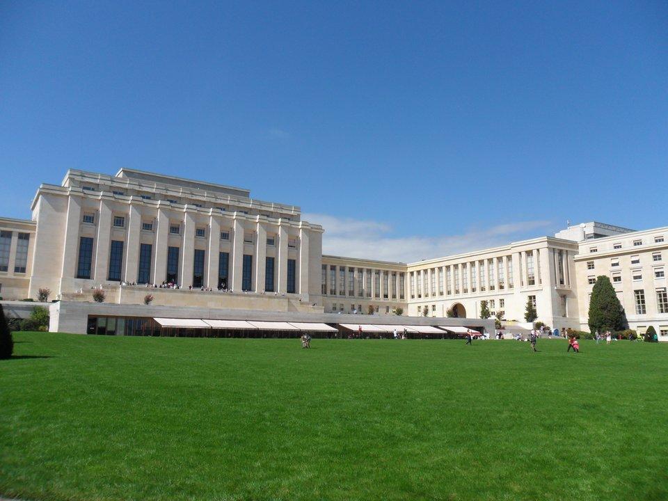 Pałac Narodów wGenewie Źródło: Pałac Narodów wGenewie, licencja: CC BY-SA 3.0.