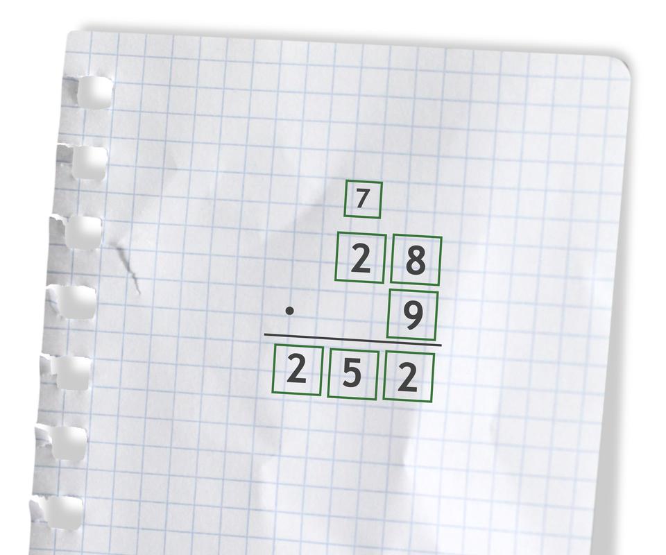 Przykład: 28 razy 9 =252. Rozwiązanie zadania podpunkt b.