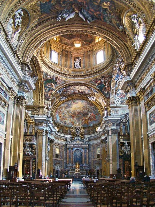 Wnętrze kościoła Il Gesu Wnętrze kościoła Il Gesu Źródło: Tango7174, Wikimedia Commons, licencja: CC BY-SA 4.0.