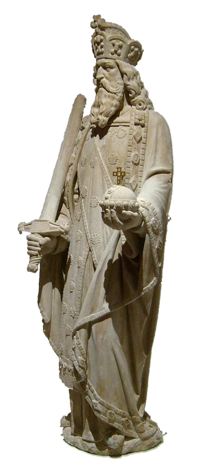 Pomnik Karola Wielkiego (Kölner Dom) Źródło: Lokilech, Pomnik Karola Wielkiego (Kölner Dom), fotografia barwna, licencja: CC BY-SA 3.0.