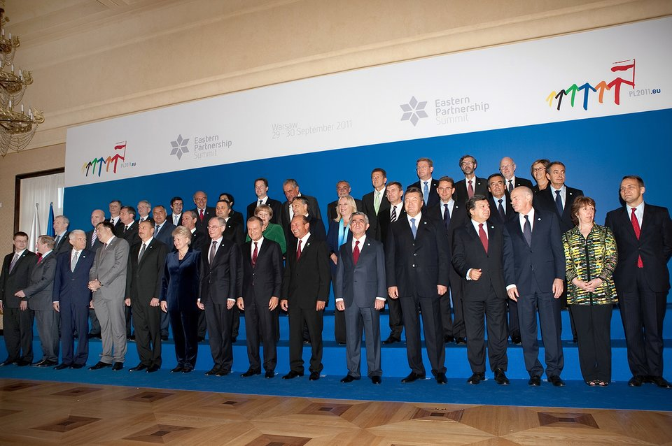 Polska prezydencja wRadzie Unii Europejskiej Szczyt Partnerstwa Wschodniego wWarszawie, 30 września 2011 r. Źródło: La Moncloa.es, Polska prezydencja wRadzie Unii Europejskiej Szczyt Partnerstwa Wschodniego wWarszawie, 30 września 2011 r., licencja: CC 0.