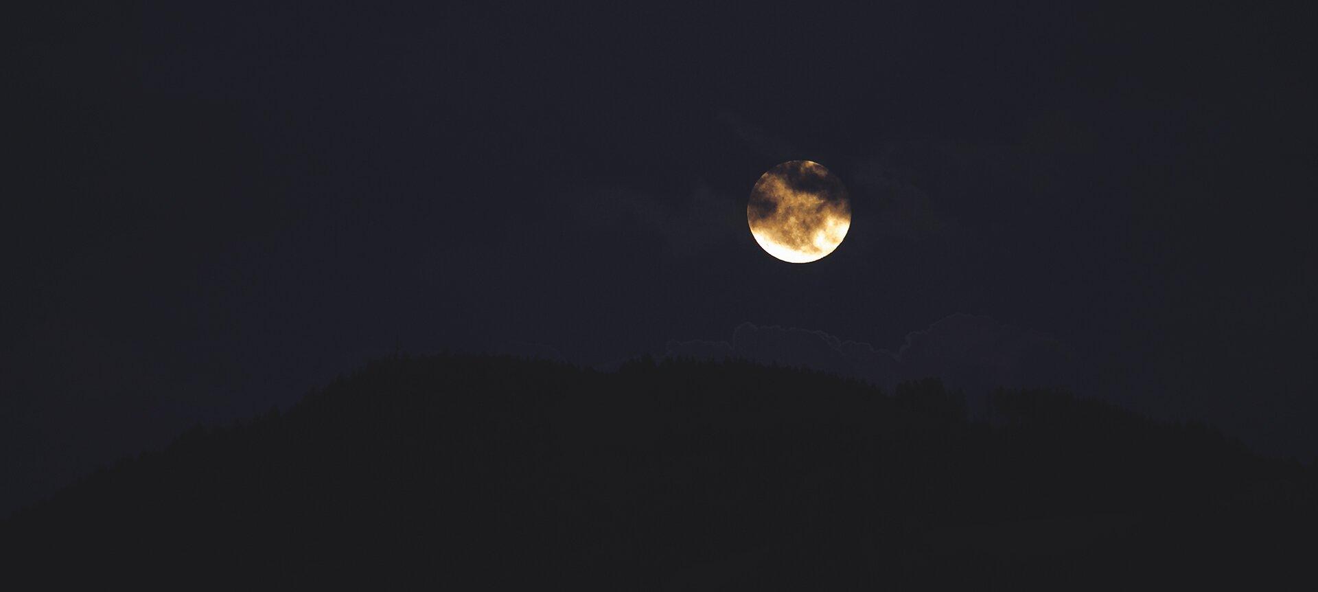 noc zdjęcie