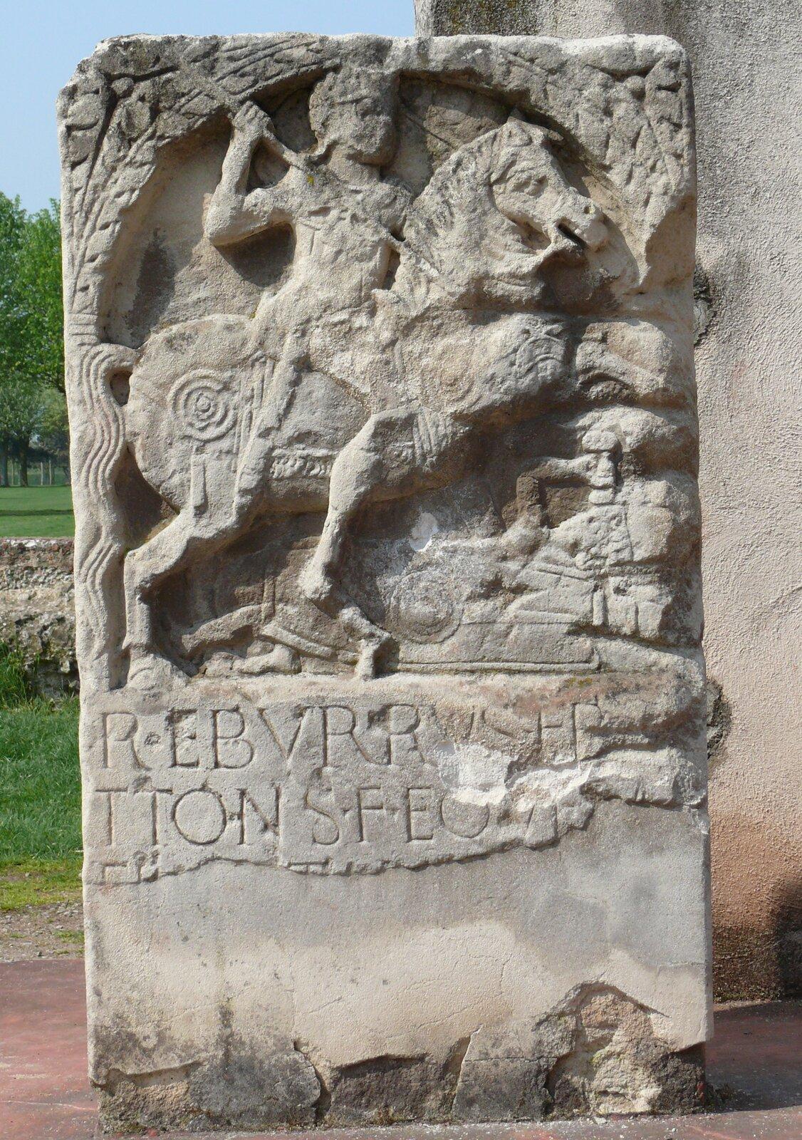 Stela nagrobna germańskiego wojownika Stela nagrobna germańskiego wojownika Źródło: Ad Meskens, licencja: CC BY-SA 3.0.