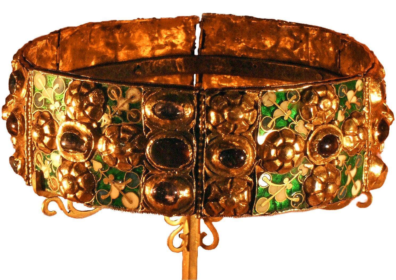 Żelazna korona Longobardów Żelazna korona Longobardów Źródło: James Steakley, Żelazna korona Longobardów, Katedra wMonzie, licencja: CC BY-SA 3.0.