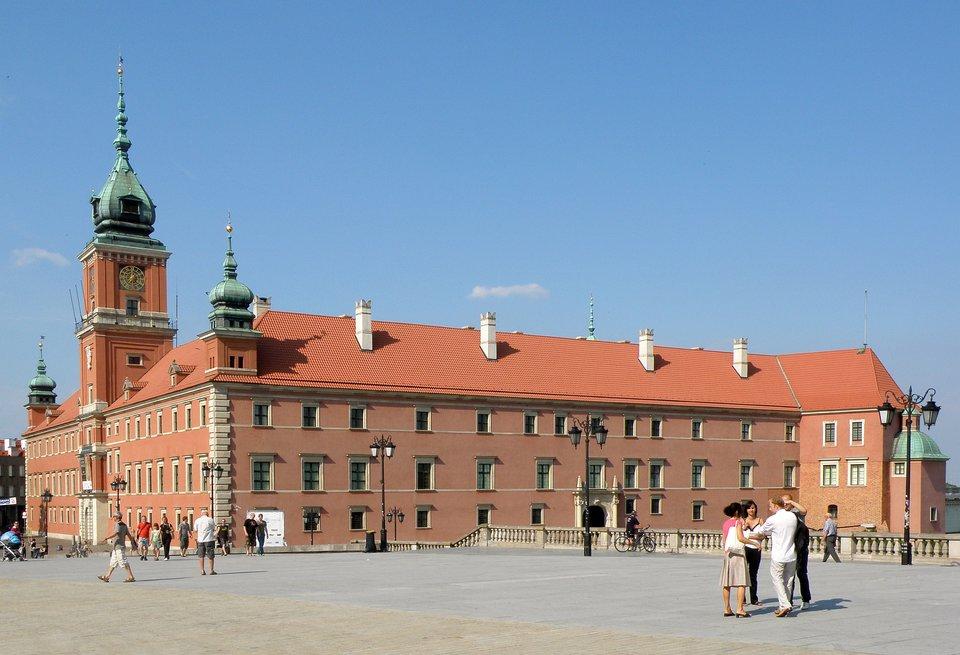 zdjęcie przedstawia Zamek Królewski wWarszawie
