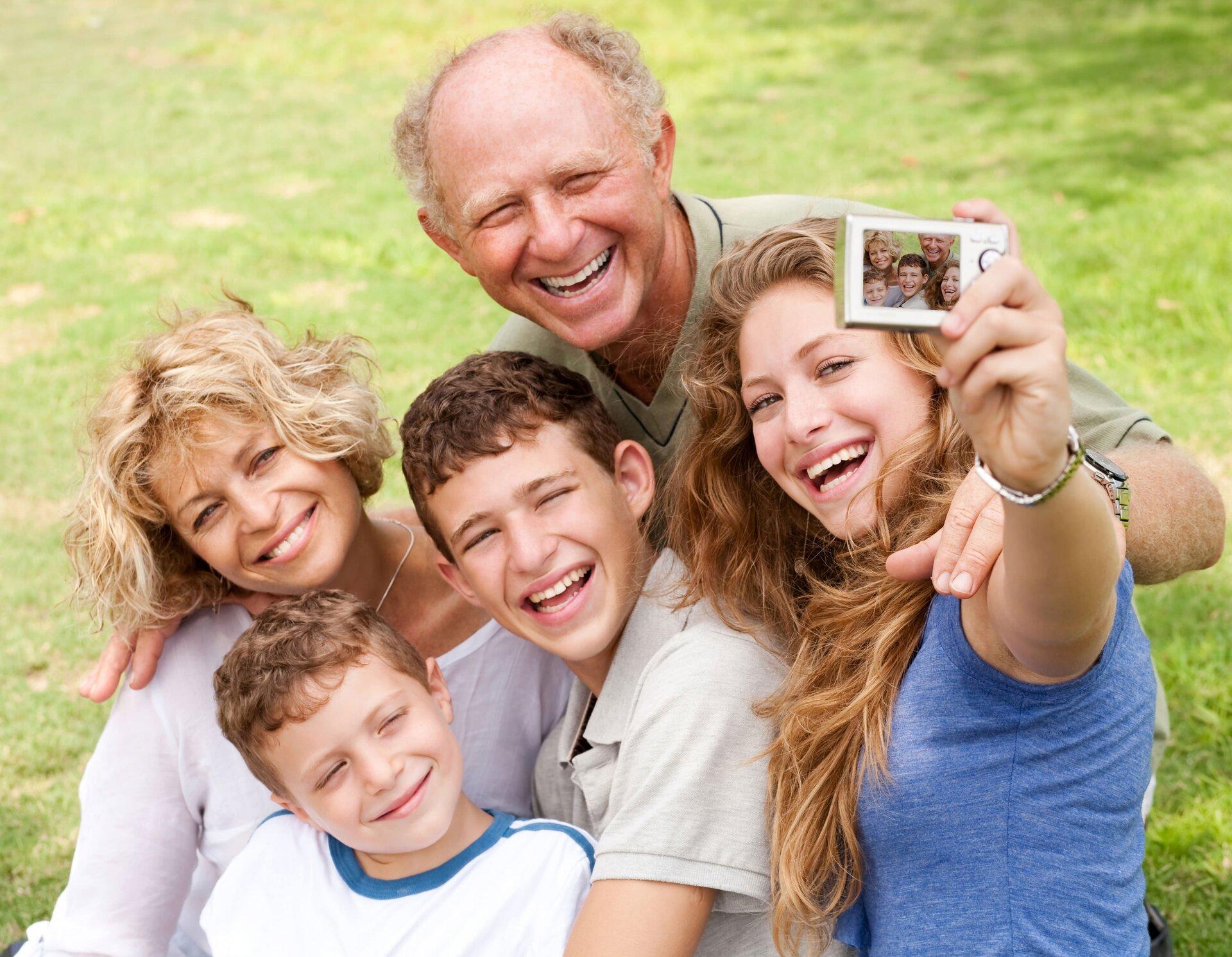 Rodzina Źródło: Imágenes Gratis Online, Rodzina, licencja: CC BY 2.0.