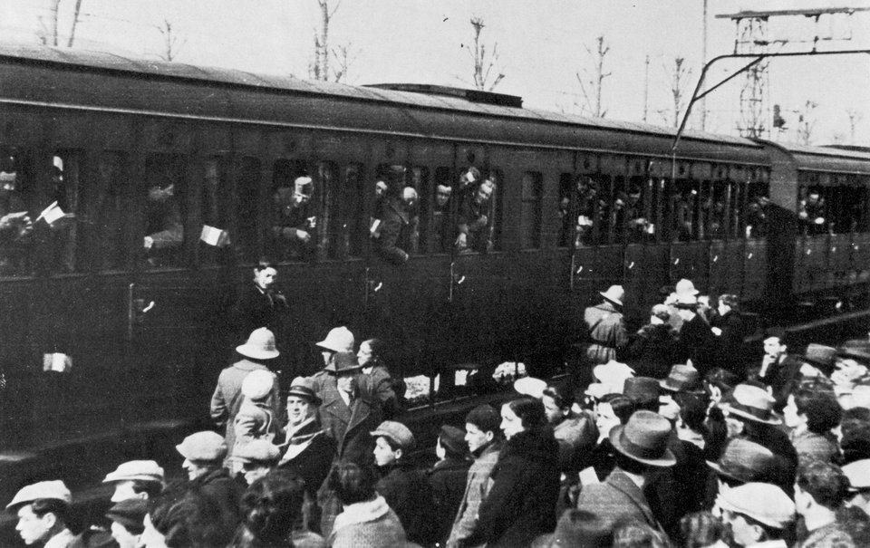 Wyjazd żołnierzy włoskich na wojnę Wyjazd żołnierzy włoskich na wojnę Źródło: domena publiczna.