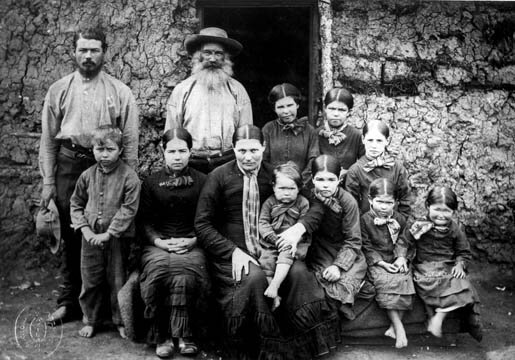 Burska rodzina Źródło: Joseph Rauscher, Burska rodzina, 1886, National Archives, domena publiczna.