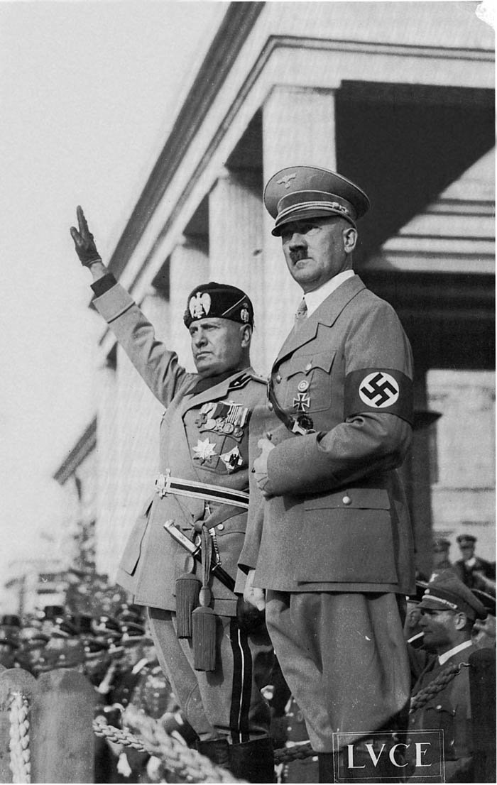 Benito Mussolini iAdolf Hitler Benito Mussolini iAdolf Hitler Źródło: domena publiczna.