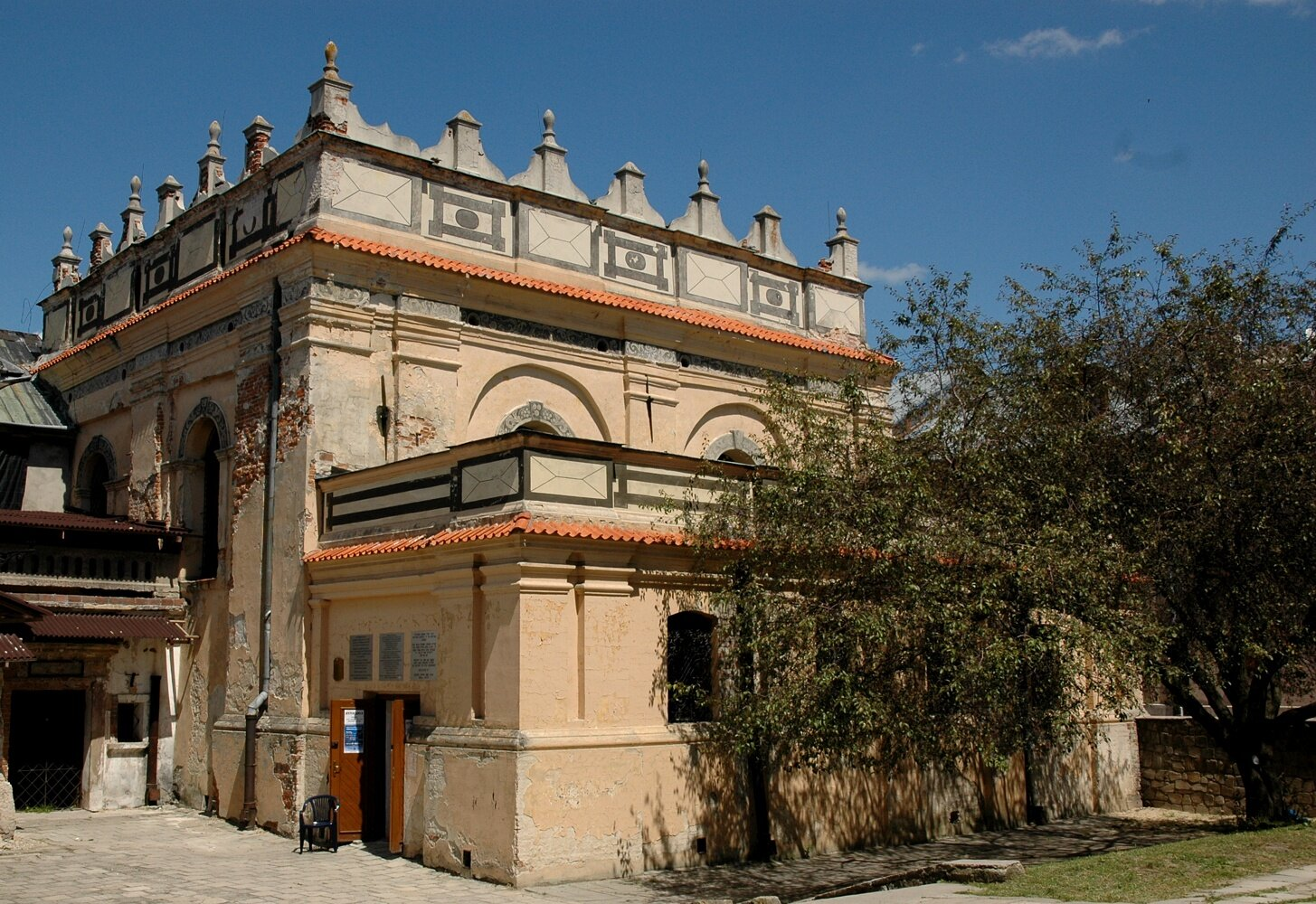 Synagoga wZamościu Synagoga wZamościu Źródło: Mceurytos, Wikimedia Commons, licencja: CC BY-SA 3.0.