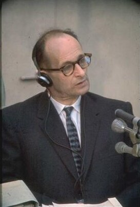 Adolf Eichmann podczas procesu wIzraelu Adolf Eichmann podczas procesu wIzraelu