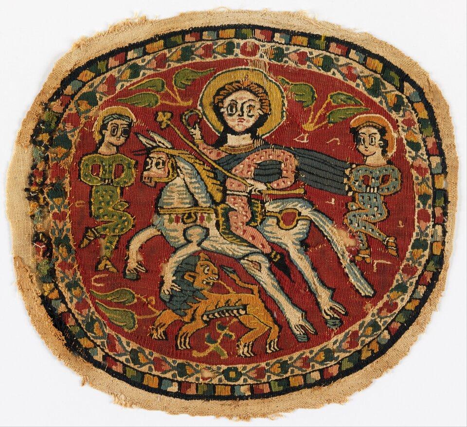 Przedstawienie zwycięskiego cesarza bizantyńskiego na tkaninie wVII wieku Źródło: Google Cultural Institute, Przedstawienie zwycięskiego cesarza bizantyńskiego na tkaninie wVII wieku , Google Cultural Institute, licencja: CC 0.