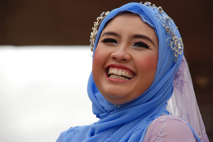 Kobieta zKuala Lumpur Kobieta zKuala Lumpur Źródło: anuarsalleh, licencja: CC BY-SA 2.0.