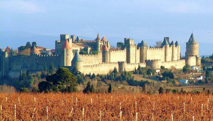 Carcassonne Źródło: Carcassonne, Fotografia, domena publiczna.