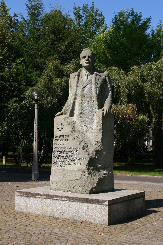 Pomnik Wojciecha Korfantego wSiemianowicach Śląskich. Źródło: Pomnik Wojciecha Korfantego wSiemianowicach Śląskich., domena publiczna.